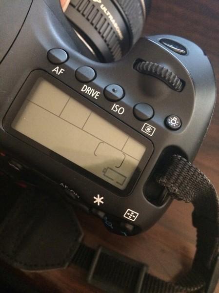 Начал мигать значок зарядки на фотике ...: canontalk.ru/faq/eos/начал-мигать-значок...
